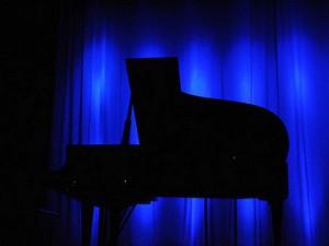 聴力を失ってもピアノに向かい続けた女性-フジコ・ヘミング