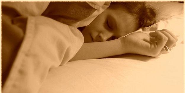 食事から良い睡眠を得る3つの方法