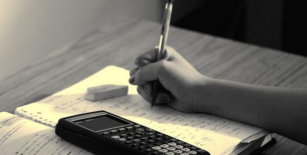 勉強効率アップのための意外な食事の取り方